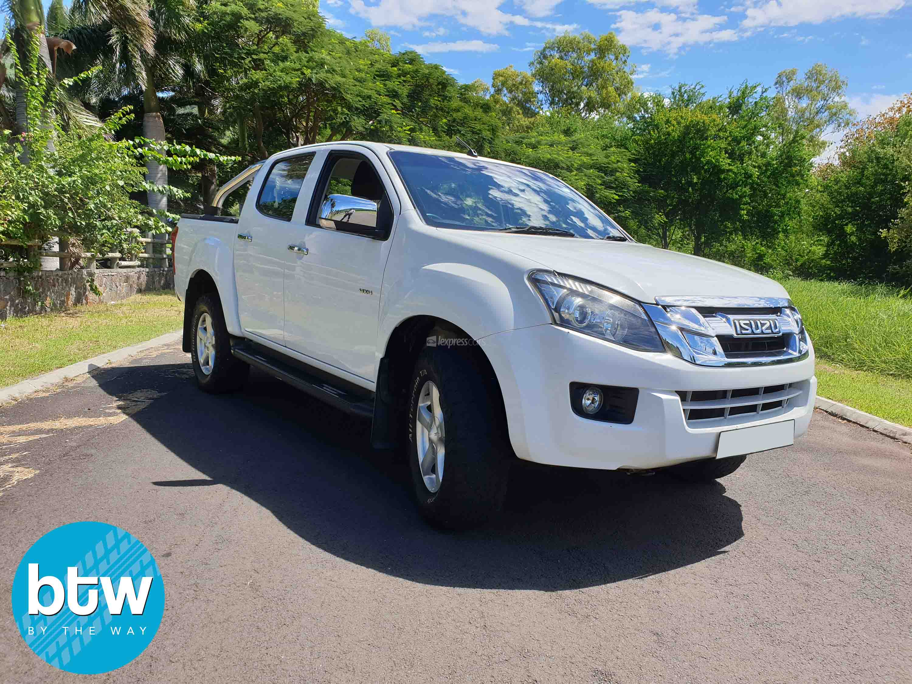 dealership second hand isuzu dmax 2016 - lexpresscars.mu