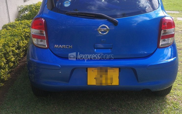 Second-Hand Nissan March 2011 full