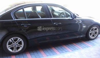 Second-Hand BMW 320i 2011 full