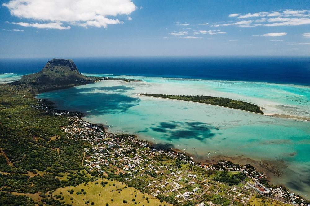 Road Trip Mauritius Le Morne LexpressCars.mu