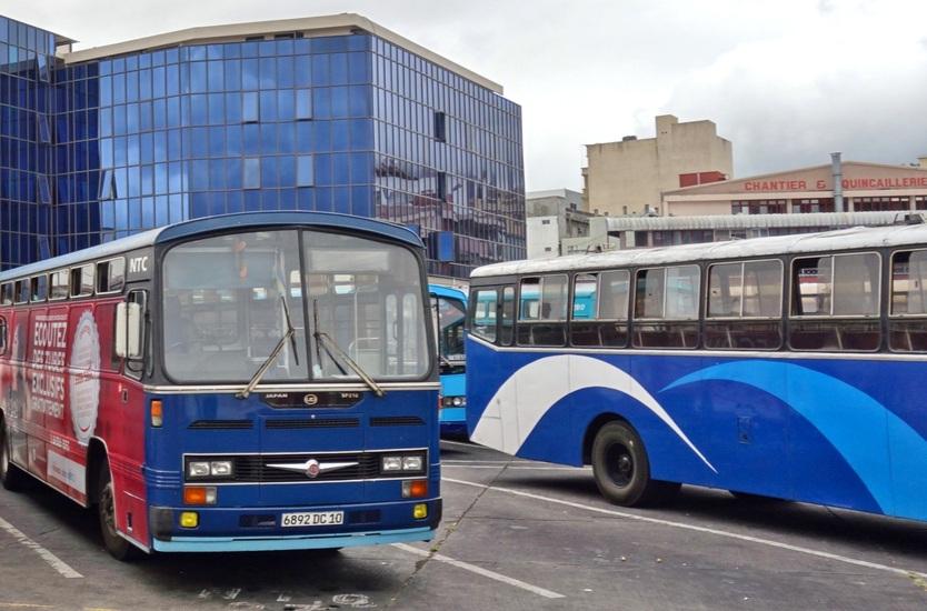 lexpresscars transport public banner