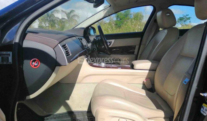 Dealership Second Hand Jaguar XF 2010 full