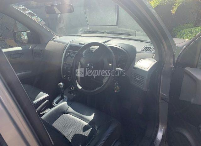 Second-Hand Nissan X-Trail 2008 full