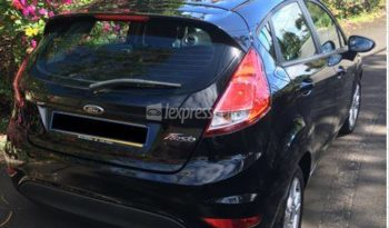 Second-Hand Ford Fiesta 2015 full