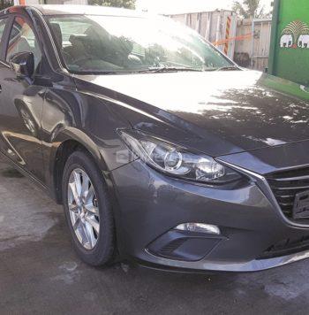 Dealership Second Hand Mazda 3 2017
