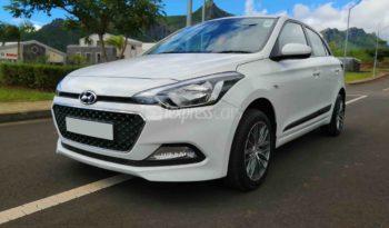 Dealership Second Hand Hyundai i20 2017 full
