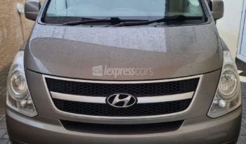 Second-Hand Hyundai H-1 2015 full