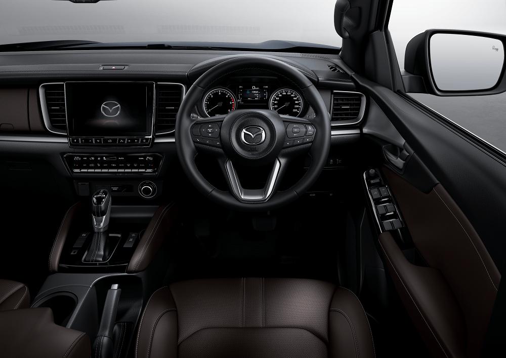 Mazda BT50 LexpressCars interior